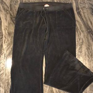 Juicy Couture XL sweatpants with pockets